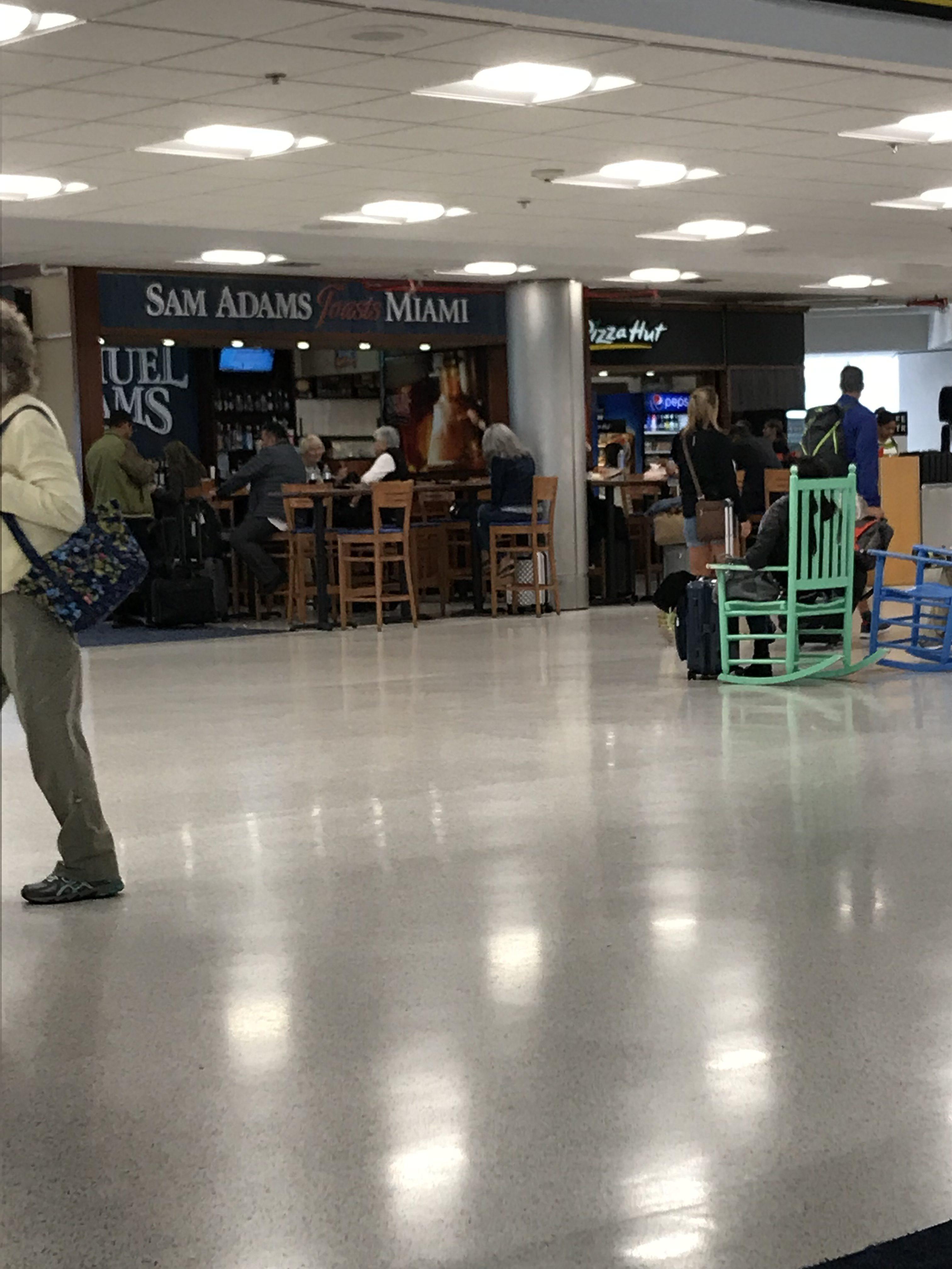 miami airport customer reviews skytrax