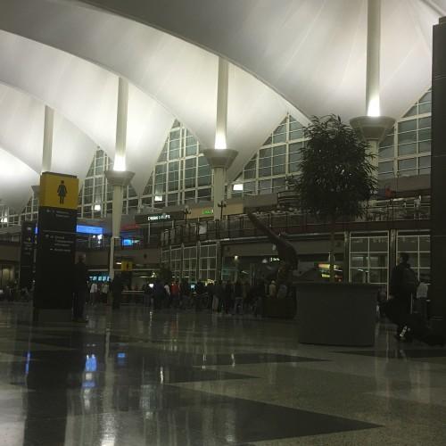Denver United Terminal: Denver Airport Customer Reviews