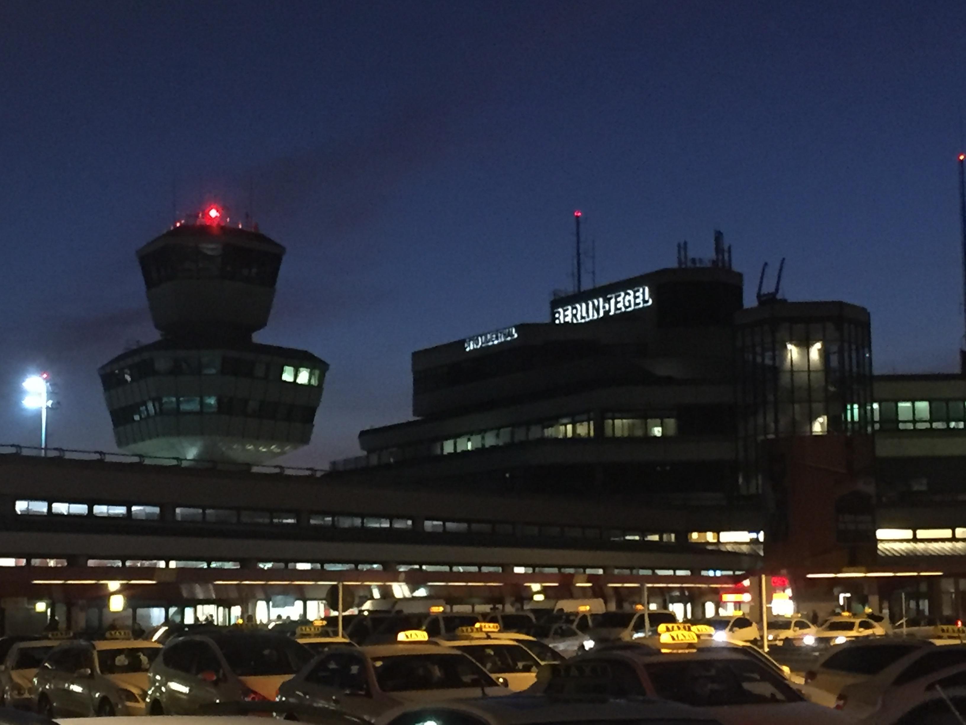 Berlin tegel airport customer reviews skytrax for Flughafen tegel