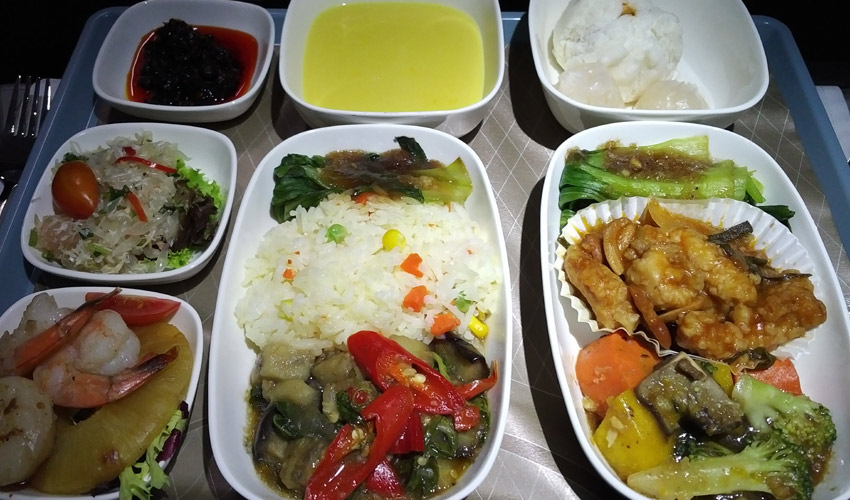 Sichuan AIrlines supper service