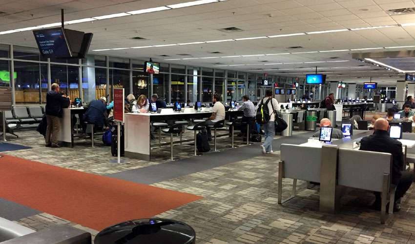 Delta boarding area at MSP