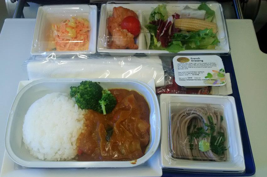 ANA economy class lunch