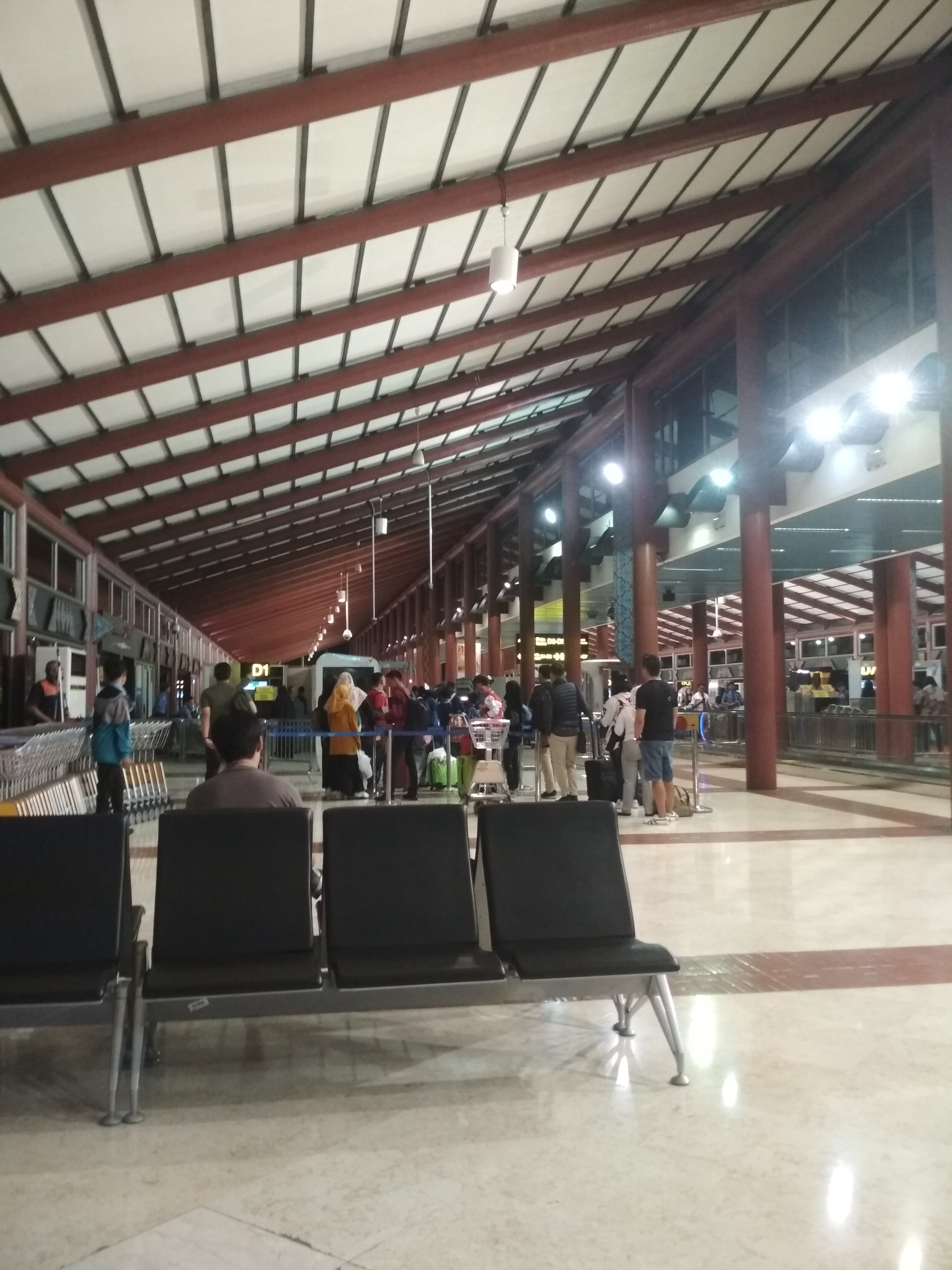 Jakarta Airport Customer Reviews Skytrax
