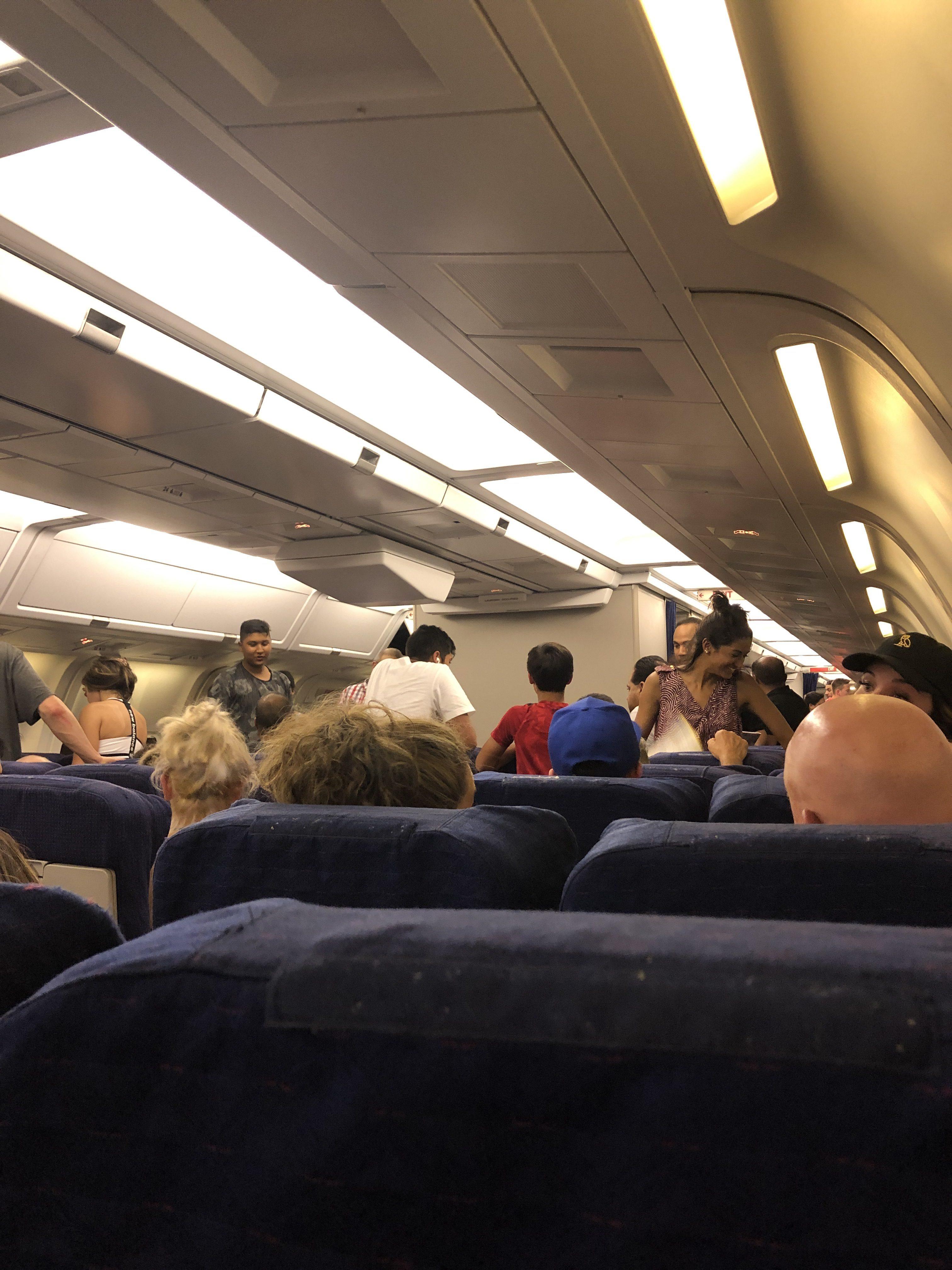 Sunwing Airlines Customer Reviews | SKYTRAX