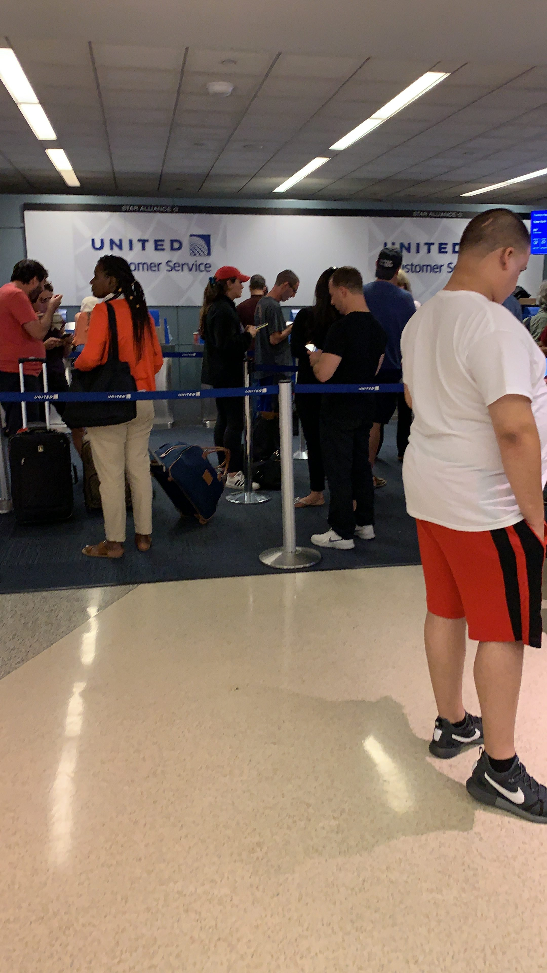 United Airlines Customer Reviews | SKYTRAX