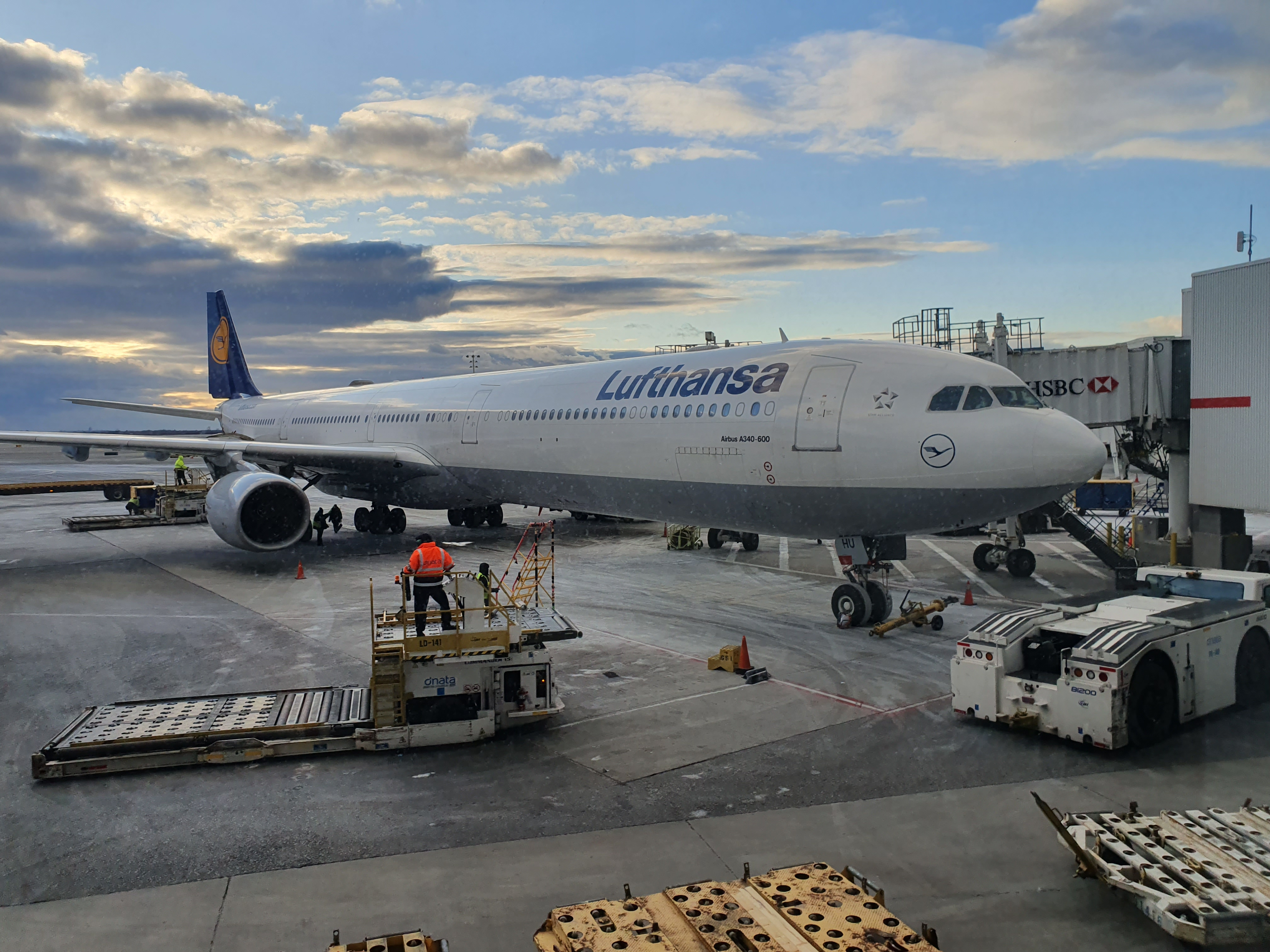 Lufthansa Customer Reviews | SKYTRAX